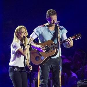 اجرای زنده شکیرا و کولد پلی Coldplay & Shakira A Sky Full of Stars با زیرنویس